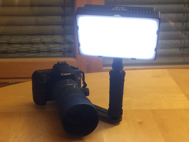 Neewer CN-304 Video LED Light